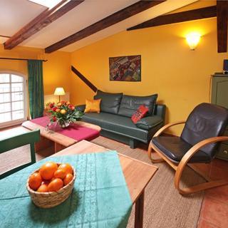 Ferienwohnungen am Schloss - Wohnung 2 die Maus - Behren-Lübchin