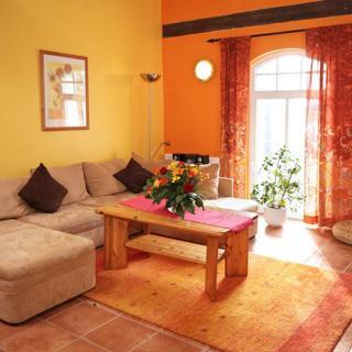 Ferienwohnungen am Schloss - Wohnung 4 der Hund - Behren-Lübchin