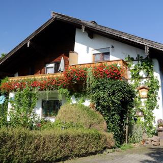 Haus MarianneZimmer 1 - Waging am See
