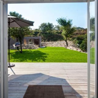 Haus Fiftyfour Home - List