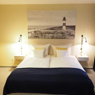 Hotel Wagenknecht - Dreibettzimmer 15 - Westerland