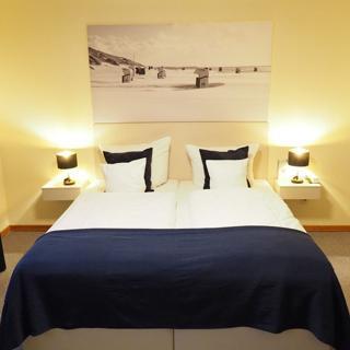 Hotel Wagenknecht - Doppelzimmer 17 - Westerland