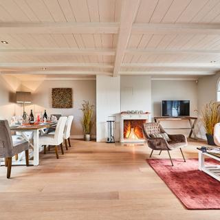 "Ferienhaus ""Sylter Royal II"" unter Reet in bester Wattlage - Morsum"