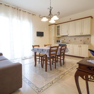 Etna Royal View - Appartamento Trilocale - Trecastagni