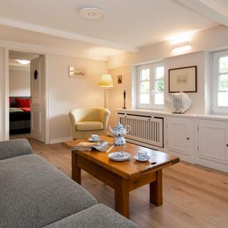 3 Zimmerwohnung unter Reet mit Gartenpavillion - Westerland