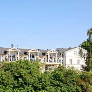 Strandvilla Böck FeWo 15: 3-Raum, 4 Pers., Balkon, Meerblick kH - Glowe