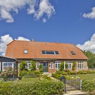 Altes Schulhaus Klassenzi: 2-Raum, 2Pers, Terrasse+Garten, Meerbl. kH - Putbus