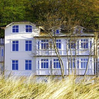 Villa Strandeck FeWo 6: 2-Raum, 4 Pers., Veranda, Meerblick - Binz
