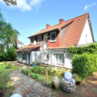 Ferienwohnung Maikäfer FeWo OG:  3-Raum, 5 Pers., Garten zur Nutzung kH - Middelhagen