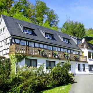 Haus Demberg, Ferienwohnung 1 - Schmallenberg-Oberkirchen