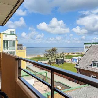 Große Ferienwohnung 8 im Haus Seeluft mit drei Balkonen und Meerblick - Cuxhaven