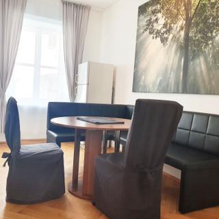 Apartment mit 1 Schlafzimmer - München