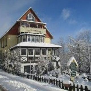Altes Forsthaus Fischbach, Vordergarten - St Andreasberg